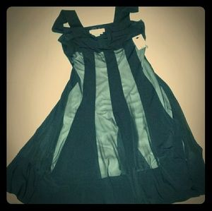 One Maddie Black and Nude Dress size 8P